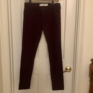 👖 Abercrombie and Fitch - Maroon jeans - W 26 L31